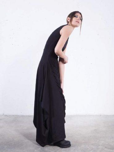 .Dress long sleeveless distressed part black