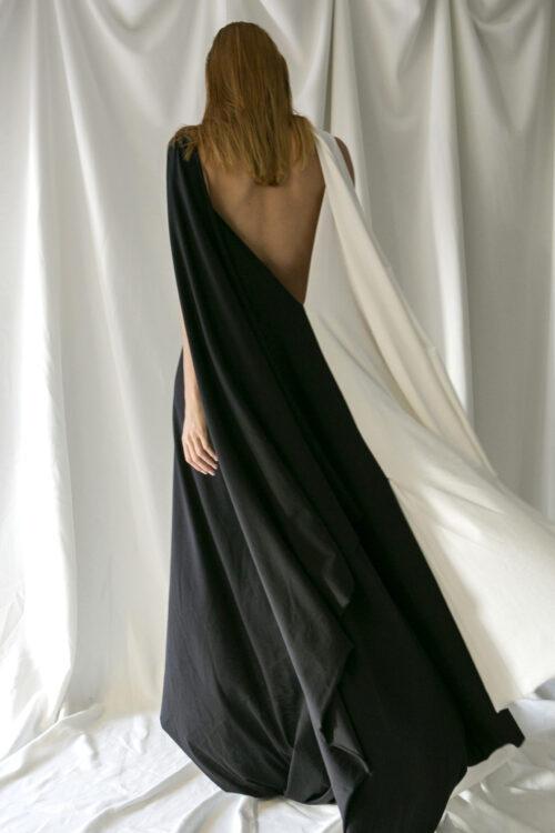 . DRESS BLACK / WHITE